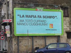 """""""La mafia fa schifo"""". ...ma Totò Cuffaro mancu cuhhiunìa!"""